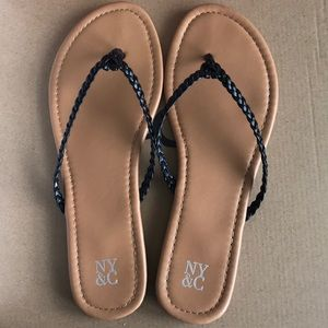 NY&Co braided black leather flip flop